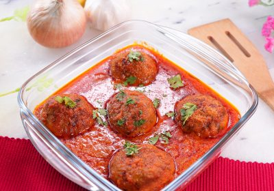 Chicken Cheese Kofta Curry